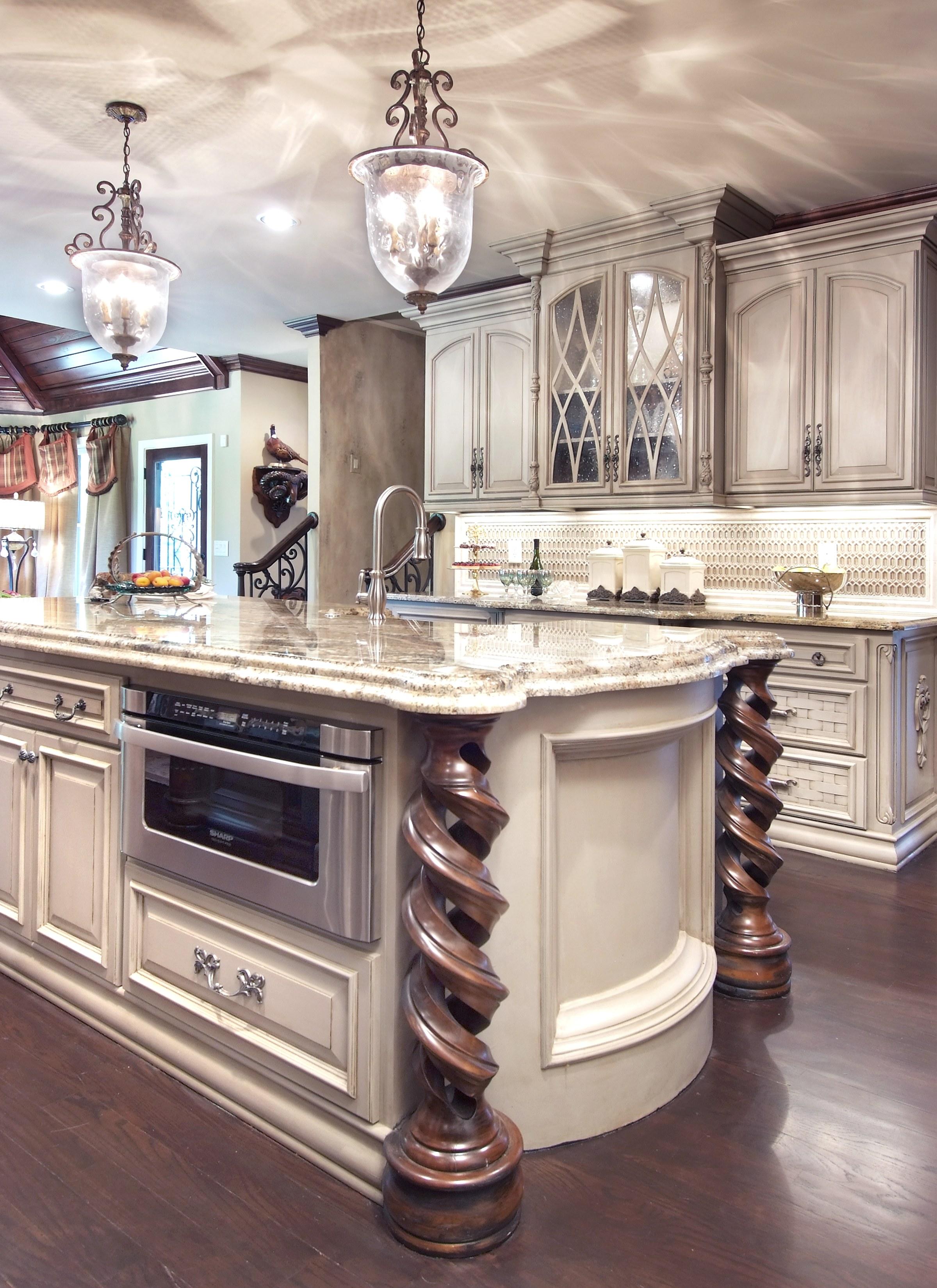 Interior Decorating Kitchen: Celebrity Style Crush // Victoria Beckham